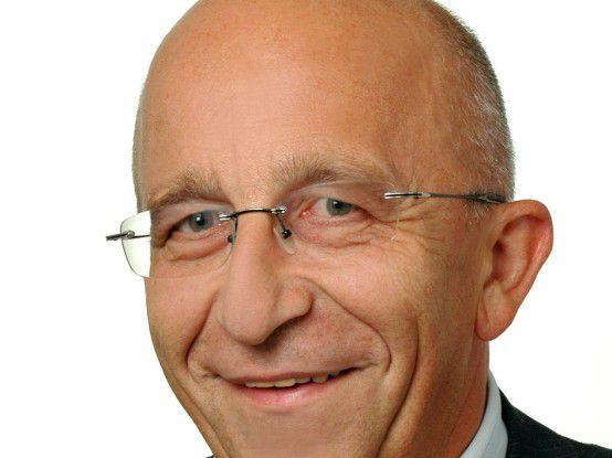 Erich Ehbauer verantwortet die IT der Apollo-Optik.