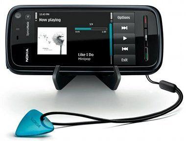 iPhone für Arme: Das Touchscreen-Modell 5800 XpressMusic von Nokia.