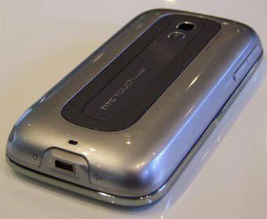 Der besondere Clou des HTC Touch Pro 2 ist die beim Umdrehen des Geräts aktivierte Freisprechfunktion.