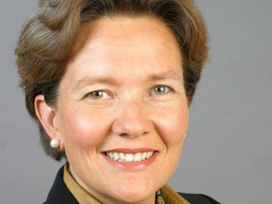 Susanne Rausch, Vorstand der Gesellschaft für Karriereberatung, empfiehlt Führungskräften, die aufgrund der schwierigen wirtschaftlichen Lage gute Leute entlassen müssen, genau zu prüfen, wie groß der Spielraum zur Schadensbegrenzung ist.