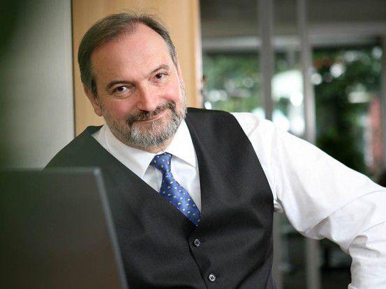 Laut ECM-Experte Ulrich Kampffmeyer, kann Open Text sich durch Vignette-Übernahme im ECM-Markt besser gegen die Schwergewichte wie EMC, IBM und Oracle stemmen.