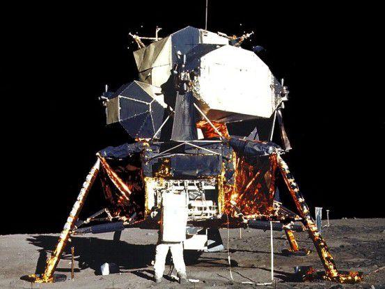 Der Mondflug - Sinnbild für die Zukunft. In den kommenden Jahren wird alles mit allem vernetzt.