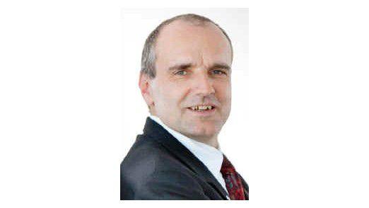 """Matthias Moritz vermisst noch den praktikablen BI-Standard. Deshalb entwickelt er ein eigenes Business-Intelligence-System. """"Ein komplexes Thema"""", sagt der CIO der Bayer HealthCare AG."""