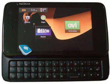 Ein wenig wie das iPhone: Maemo-Handy Nokia N900 erstmals getestet und für gut befunden.