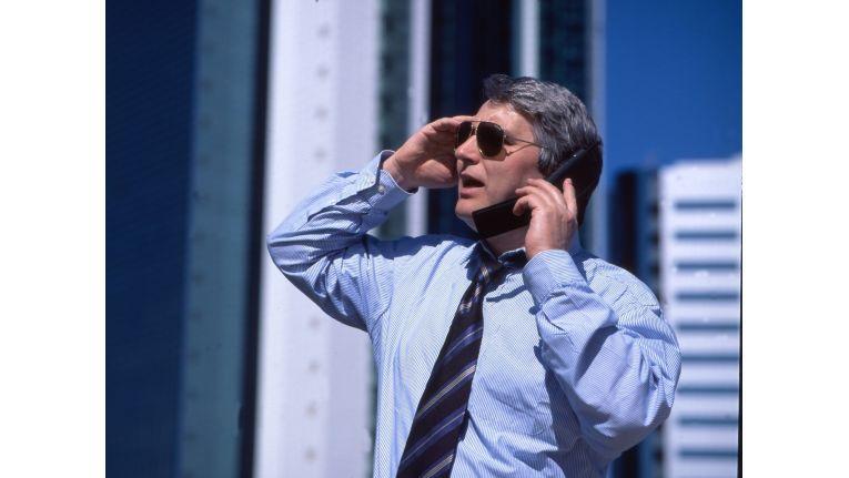 Die Nutzung des betrieblichen Telefon- oder Internetanschlusses ist Arbeitnehmern grundsätzlich nur dann gestattet, wenn der Arbeitgeber dies ausdrücklich erlaubt hat.