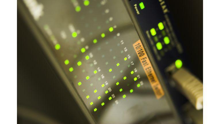 Netzwerke in vielen Unternehmen sind noch nicht ausreichend vor Gefahren aus dem Internet geschützt. Hier hilft ein xUTM-Ansatz.