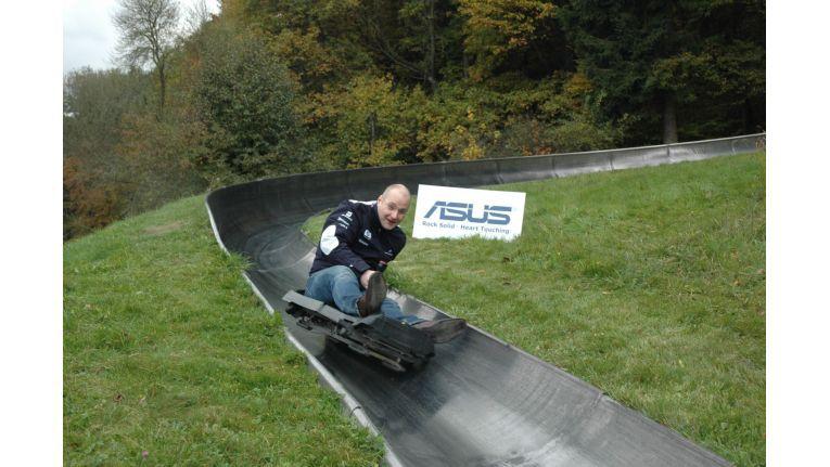 Auf der Sommerrodelbahn in Altenahr mussten die Teilnehmer zeigen, wie schnell sie in Fahrt kommen, wie hier Andreas Foerste von Noracom.