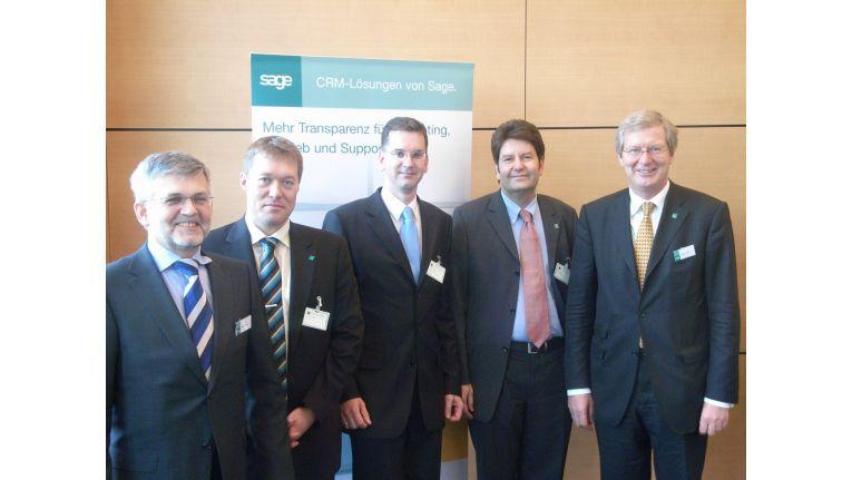 Gemeinsam CRM im Visier (v.l.): Klaus Dewald (Sage-Chef Deutschland), Thomas Kapp (GfkS), Thomas Müller (Avantgarde), Ralf Hahn (Datatronic) und Andreas Heck (Partnerchef Sage)