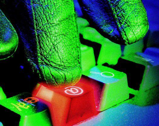 Hacker greifen PCs immer öfter über PDF- oder Flash-Dateien an.