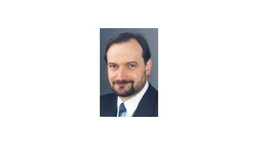 Dr. Ulrich Kampffmeyer ist Gründer und Geschäftsführer der Project Consult Unternehmensberatung GmbH, Hamburg.