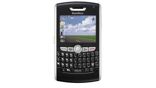 Geräte wie der Blackberry oder das iPhone beeinflussen den Umgang mit mobilen Anwendungen in Unternehmen.