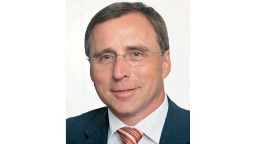 Bernd Schäfer, Managing Director bei ISG DACH, führt die positive Entwicklung des Outsourcing-Marktes auf Mega-Deals zurück.