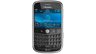 Erstes Gerät mit HSDPA für flotte Internetausflüge: Blackberry Bold 9000