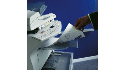 Nutzen Sie Ihren Drucker bisweilen auch nur zum Ausdrucken von Flugtickets oder Reiserouten? Welch eine Verschwendung! Denn eigentlich kann Ihr Drucker sehr viel mehr als das. Mit einem einfachen Tintenstrahldrucker können Sie zum Beispiel Alltagsgegenstände beschriften, Spiele spielen, eine Kleidungskollektion entwerfen und noch einiges mehr. Egal ob Sie sich gerade produktiv, spielfreudig oder kreativ fühlen - Ihr Drucker macht so ziemlich jede Laune mit. Lassen Sie sich inspirieren.