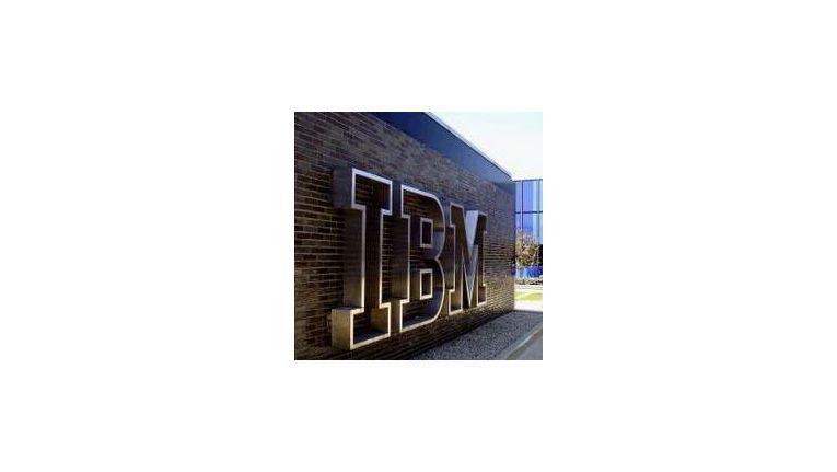 Alles so schön smart hier: IBM baut den Konzern weiter um - weniger Hardware, immer mehr Software und Services.