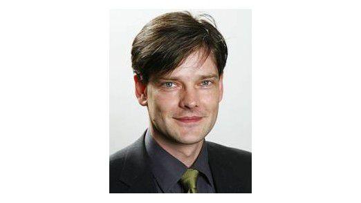 Dirk Bätjer ist Senior Consultant bei der Steria Mummert Consulting AG.