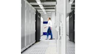 IT von Sachsen-Anhalt an Dataport: Streit um Outsourcing-Pläne - Foto: AXA
