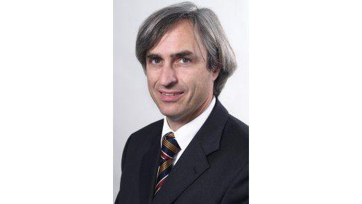 Alexander Schmid,Leiter des Kompetenzzentrums Elektronischer Personalausweis.