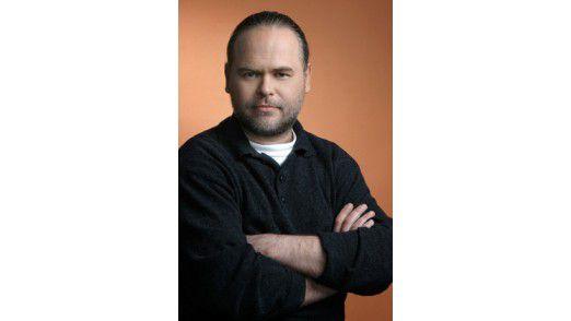 Jewgenij Kaspersky ist Mitgründer des Antiviren-Softwarefirma Kaspersky Lab. Zehn Jahre lang leitete er die Forschungsabteilung des Unternehmens, bis er 2007 die Unternehmensleitung übernahm.