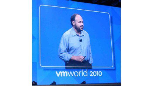 VMware-CEO Paul Maritz (Ex-Microsoft-Manager) bei seiner Keynote auf der VMworld 2010 in San Francisco. Auch Microsoft selbst meldete sich zu Wort. (Foto: VMware)