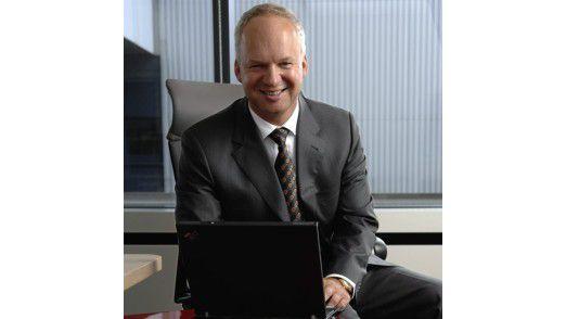 """Peter Wroblowski Konzern-CIO, Henkel AG & Co. KGaA: """"Wir haben die Aufwände, wir tragen das Risiko – das machen wir nicht, wenn sich dabei nicht ein deutlicher Betrag einsparen lässt."""""""