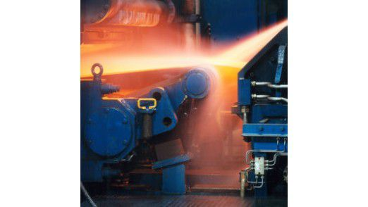 Der Werkstoff- und Technologiekonzern ThyssenKrupp beschloss 2008, das Berichtswesen im Einkauf neu zu strukturieren. Bereichsübergreifend sollen einheitliche Prozesse etabliert werden. Im Jahr 2009 begann die Implementierung der neuen Software.