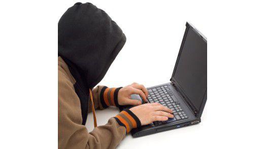 2012 werden Hacker insbesondere Angriffe auf SSL-Verschlüsselung starten, HTML-5-Codes knacken und DDoS-Attacken durchführen.