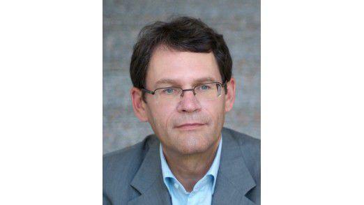 Zeigt einer Reihe förderlicher Querverbindungen auf: Professor Wolfgang Becker, Betriebswirt an der Bamberger Uni.