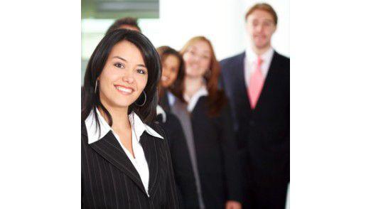Glückliche Angestellte bleiben länger. Davon haben auch Entscheider etwas: Erfahrung und Investition bleiben im Unternehmen.