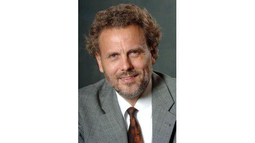 Verteilte gemeinsam mit seinem Kollegen Bill Martorelli insgesamt gute Noten: Forrester-Analyst Wolfgang Benkel.