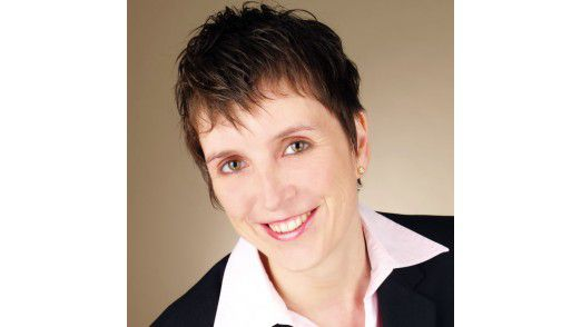 Ursula Besbak ist Principal Consultant, Business Intelligence Solutions bei Steria Mummert Consulting.