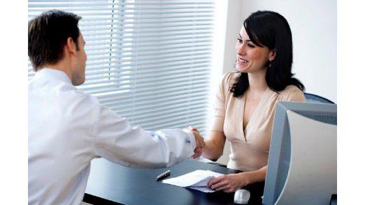 Auf ein höheres Gehalt einwilligen würden prinzipiell 73 Prozent bei neuen Mitarbeitern.