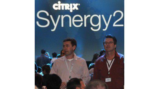 Virtualisierungsanbieter Citrix holt gegenüber VMware auf. Besonders bei Desktop-Virtualisierung kann Citrix Erfolge verbuchen.