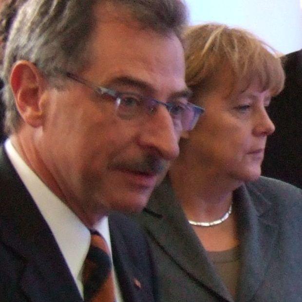 Angela Merkel und Bitkom-Präsident Dieter Kempf beim IT-Gipfel 2011.