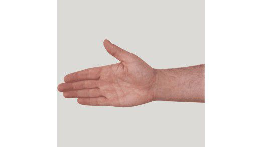 Die Handbewegung hat der CIO eines Ingenieurbüros aus Norddeutschland mit seiner Psychotherapeutin einstudiert.