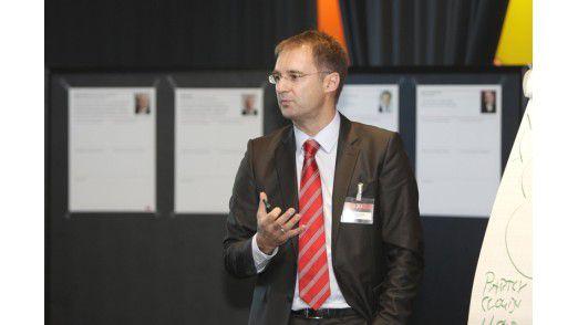 Porsche CIO Sven Lorenz ist offen für neue IT-Innovationen aus dem Digital Lab.