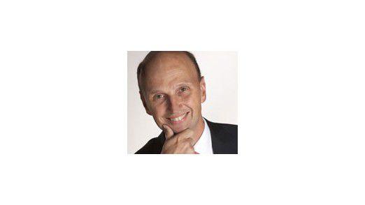 Vorstandschef Henning Koopmann von Neckermann: Alles andere als rosige Zeiten stehen dem ehemaligen Wirtschaftswunderkonzern bevor.