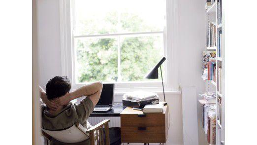 Jeden Zweiten plagen im Home-Office Konzentrationsprobleme.
