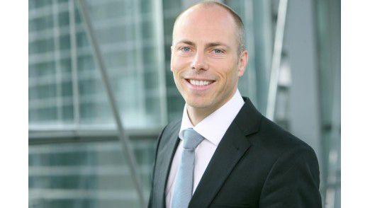 1&1-Vorstand Jan Oetjen machte passend zur IFA Werbung für De-Mail.