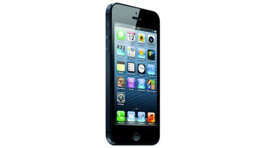 Das neue iPhone 5: Der größere Bildschirm erlaubt eine zusätzliche Reihe für Icons.