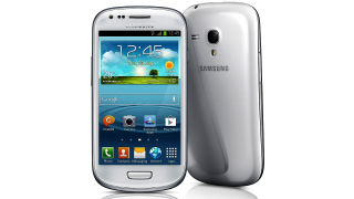 Groß wie iPhone 5: Das Samsung Galaxy S III Mini - Foto: Samsung
