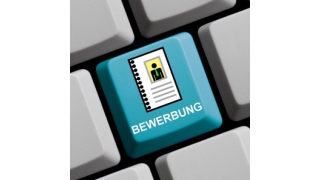 Maximal sechs bis acht Seiten: Tipps für die CIO-Bewerbung - Foto: kebox - Fotolia.com