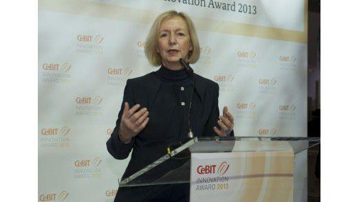 Bundesforschungsministerin Johanna Wanka übergab erstmals den CeBIT Innovation Award.