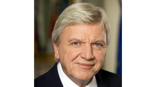 Hessens Ministerpräsident Volker Bouffier (CDU) kann sich mit dem Internet nicht anfreunden.