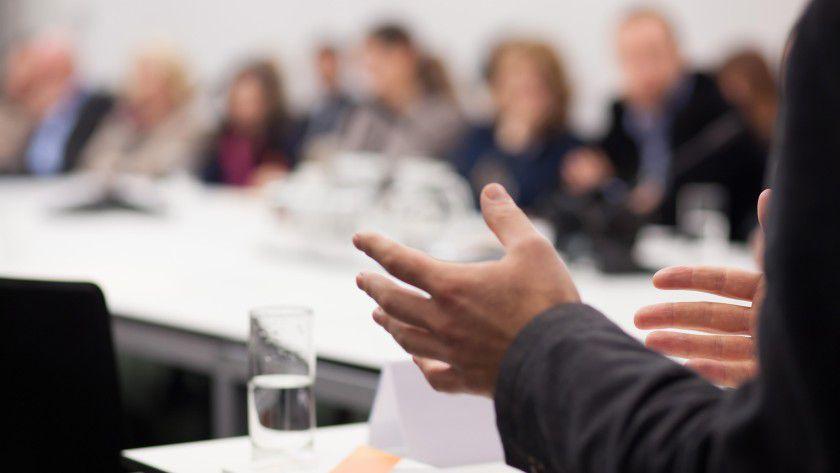 Betriebswirte? Techniker? Einkäufer? Vertriebsleiter? Ein guter Vortrag steht und fällt damit, dass der Präsentierende weiß, wer seine Zuhörer sind.