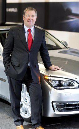 Klaus Straub posiert auf Fotos schon seit 2012 vor BMWs. Im August 2014 wird er neuer CIO.