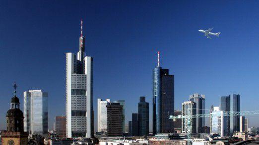Frankfurter Skyline: Die Stadt will vom Brexit profitieren.