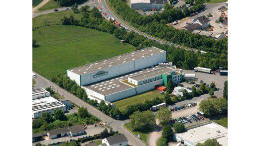 Bereits 1901 gegründet, blickt das Unternehmen Feinkost Dittmann auf jahrzehntelange Erfahrungen in der Feinkostproduktion zurück. Neben dem Hauptsitz in Taunusstein/Neuhof und dem Logistikzentrum in Diez ist der Hersteller mit der Gourmet Factory in Villmar in Deutschland vertreten.