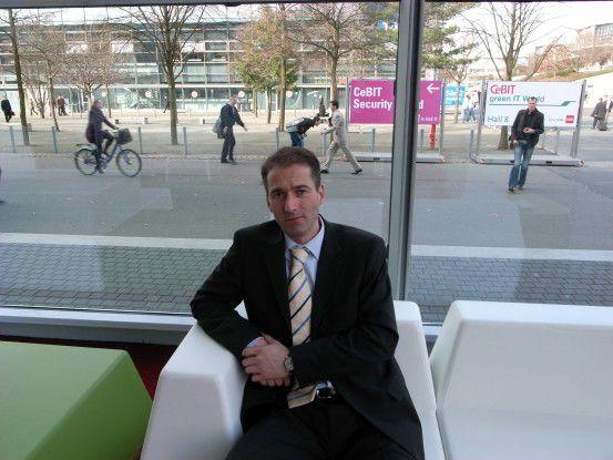 """Sicherheitsexperte Gunnar Porada misstraut herkömmlichen Web-Browsern. Deshalb hat er den Browser """"FireCastor"""" entwickelt."""