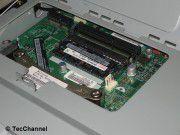 Innenleben: Der Platz für Erweiterungen ist beim Lenovo ThinkCentre Edge 91z sehr begrenzt.